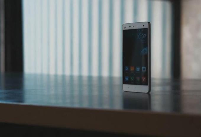 Cмартфон Xiaomi Mi 4