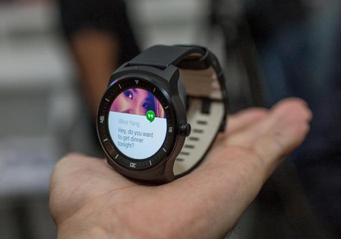 Дисплей LG G Watch R