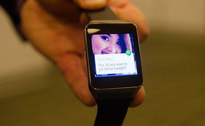 Увидомления Samsung Gear Live