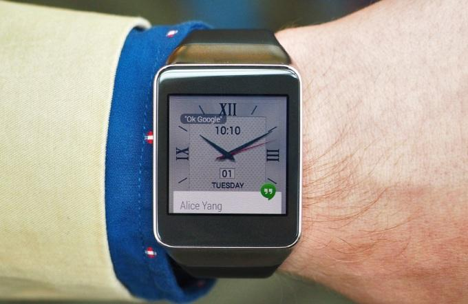 Часы Samsung Gear Live на Android Wear