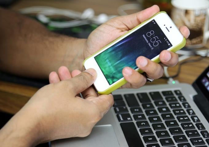 Как перезагрузить iPhone принудительно?