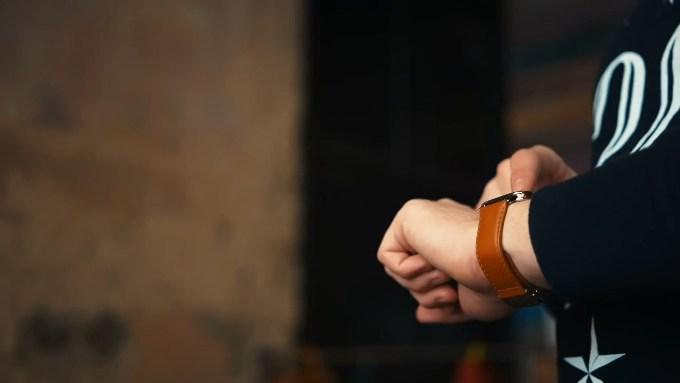 Неудобный ремешок на Asus ZenWatch