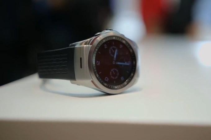 Обзор LG Watch Urbane LTE. Видео
