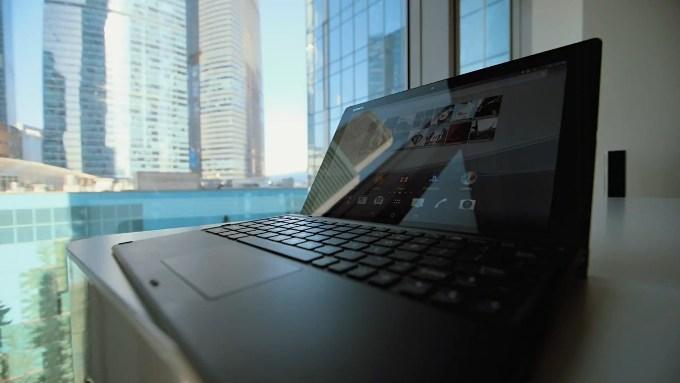Клавиатура для Sony Xperia Z4 Tablet