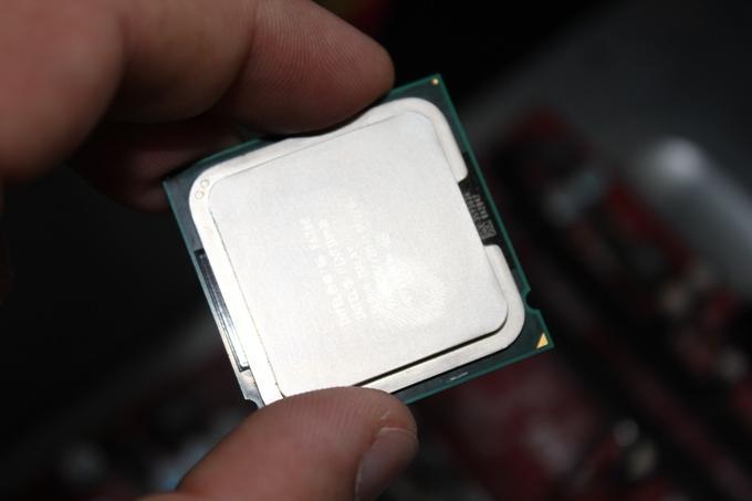 Метка на процессоре для правильной установки