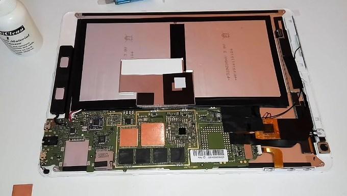 Пассивная система отвода тепла планшета